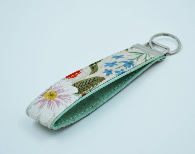 Cotton keyring with pink, white, red and blue flowers with mint cork, keyring, kit, strap