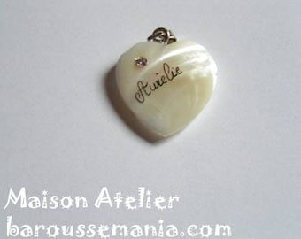 Mother of Pearl Heart personalized name gift Christmas message jewelry