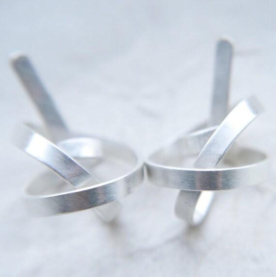 gyre drop earrings