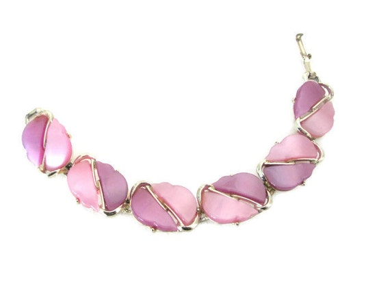Vintage Purple, Lavender Bracelet, 1960's Purple T