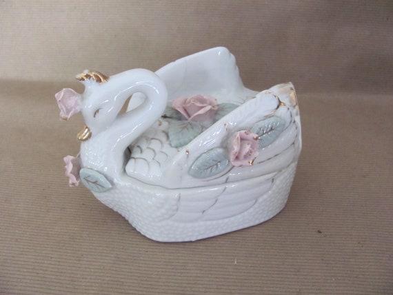 B6 White Swan Decor Trinket Box Vintage Swan Jewelry Box