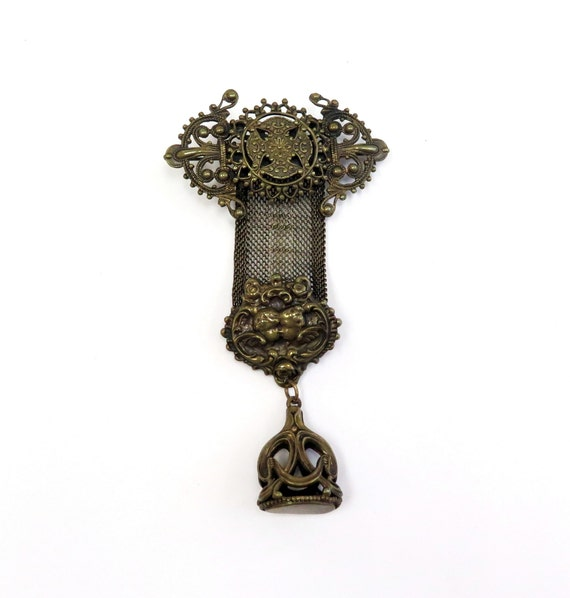 Large Antique Style Mesh Brooch