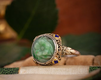 1930s Art Deco Carved Jade and Enamel Filigree Ring in 14 karat yellow and white gold