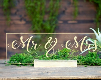 Acrylic Mr and Mrs Table Top Sign For Wedding Bride And Groom Signs Sweetheart Table Decor Head Table Boho Wedding