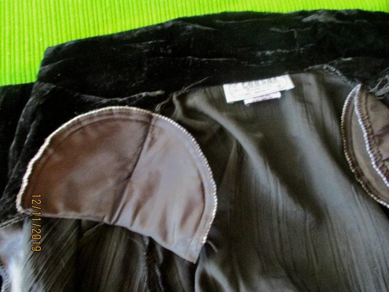 1980s Black Velvet Jacket Size 12