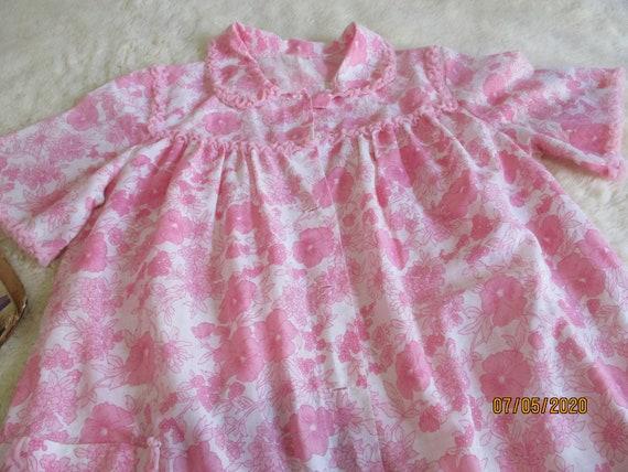 1960s Morning Robe size 16