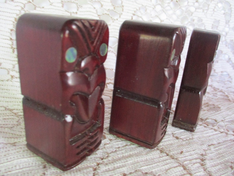 Vintage Tekos NZ Hand Carved Totems S /& P