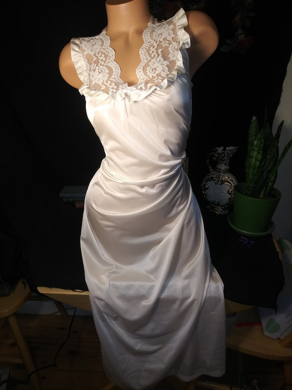 Vtg Silky Nylon Long Nightgown Shiny Frosted Gown