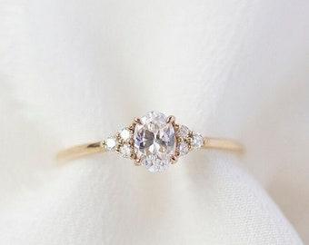 Soleil  - 14K Yellow Gold Oval Cluster Diamond Ring - Handmade Jewellery
