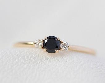 Freya - 14K Yellow Black Diamond Ring