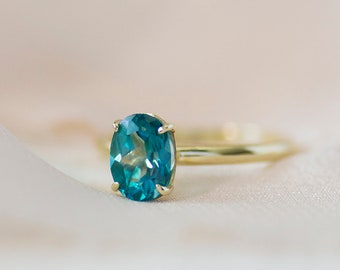 Ophelia - 14K Yellow Gold Oval Teal Blue Topaz Ring - Handmade Jewellery