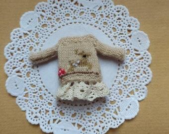 Tiny handknitted deer dress for Petite Blythe.