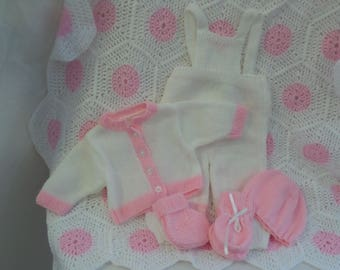 Hand Knitted / Crochet Complete Baby / New Born / Reborn Starter Set (0 to 3 Months Size)