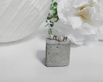 Geometric stud earring - pearl - emerald cut topaz - sterling silver - modern bridal jewelry - june birthstone - modern classic