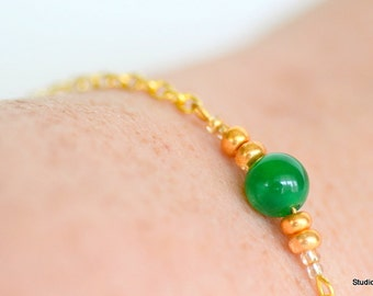 Green Jade Bead Bracelet, Gold Layering Bracelets, Customizable Bracelets, Simple Gold Bracelet, Simple Jade Bracelet, Yoga Bracelet,