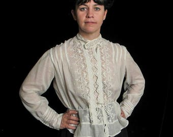 Elegant Edwardian Cotton Batiste Blouse