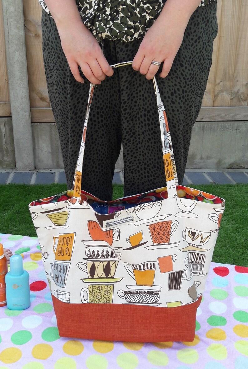 Tea Cup / Fruit Print Beach Bag / Shopper Bag / Gym Bag / image 0