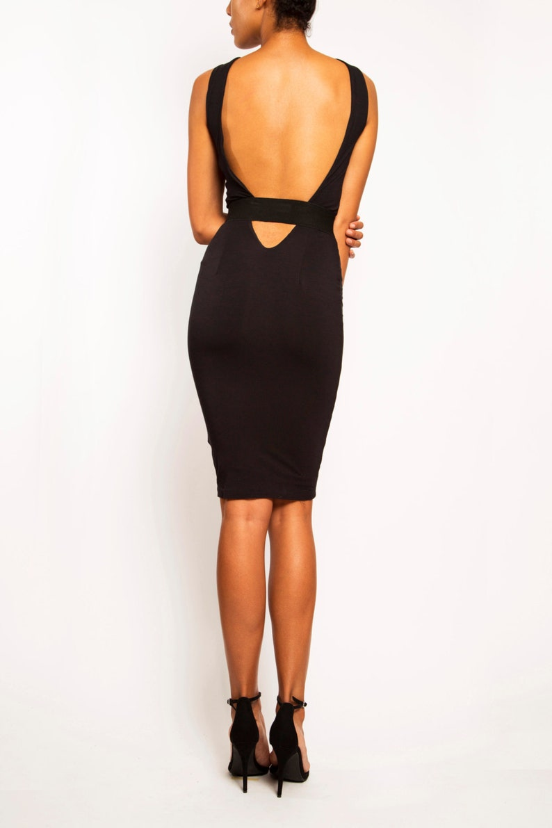 6ff350abf9 VANESSA Backless Cut-Out Cocktail Dress Knee-Length Bodycon