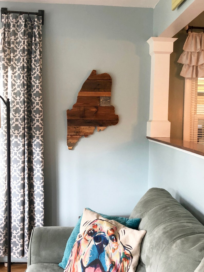 Reclaimed Wood Maine State Silhouette Home Decor image 0
