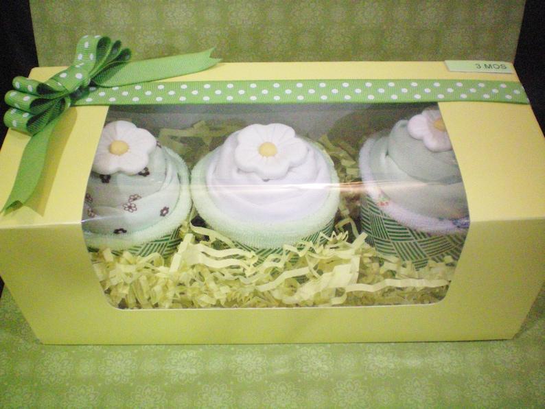 Baby gift set 7 pcs  cupcake Cupcake bodysuits baby gift bunch size 3 months 3 bodysuits 3 wash cloths,mint green 7 pcs set card etsybaby
