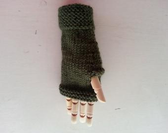 Fingerless gloves - kids gloves - children's mittens - hand knit wool hand warmers