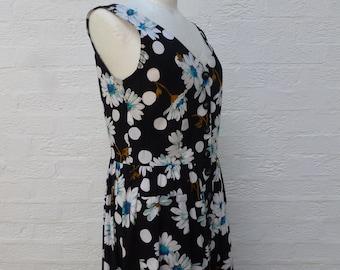 Floral cotton dress, 1990s vintage clothing, women's dress size 12 UK, ladies summer picnic, Black & white daisy flower, St Michael dress.