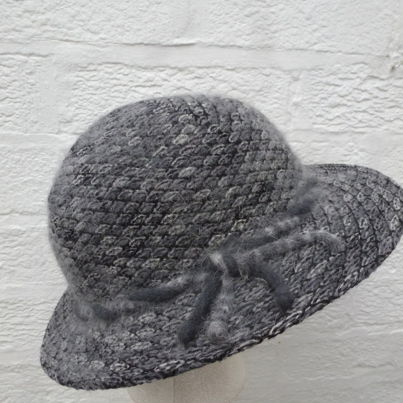 743285e0e3e Monochrome accessory ladies 1980s Vintage kangol bucket hat