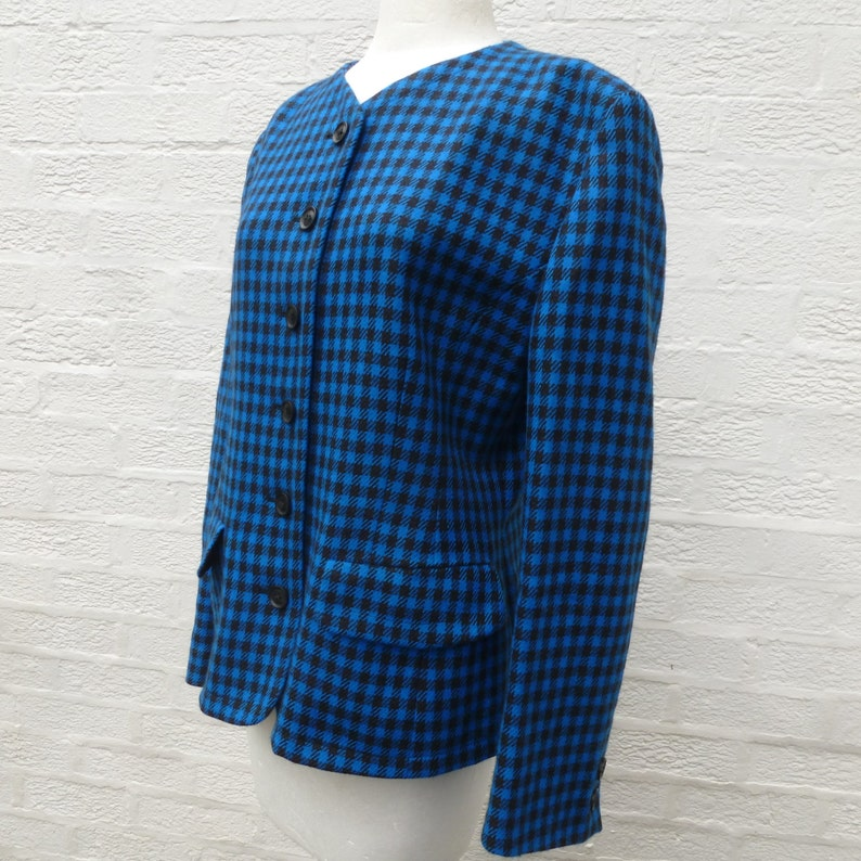 vintage wool clothing Blue black check jacket ladies size 12 UK 1980s boxy smart collarless spencer style women/'s blazer.