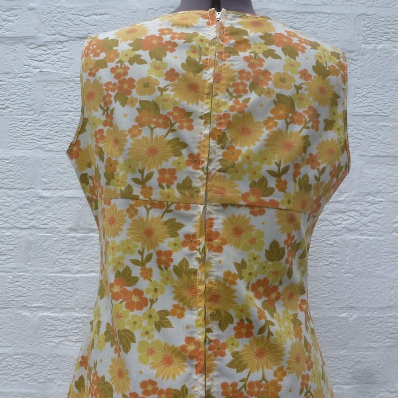 Polycotton Authentic 60s vintage summer dress Women/'s Hong Kong holiday clothing Orange /& yellow floral empire Aline mini sleeveless dress