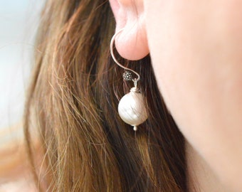 Mother Day freshwater pearl  white earrings gift, White pearl gift for long distance mother, Sterling silver classic pearl birthday gift