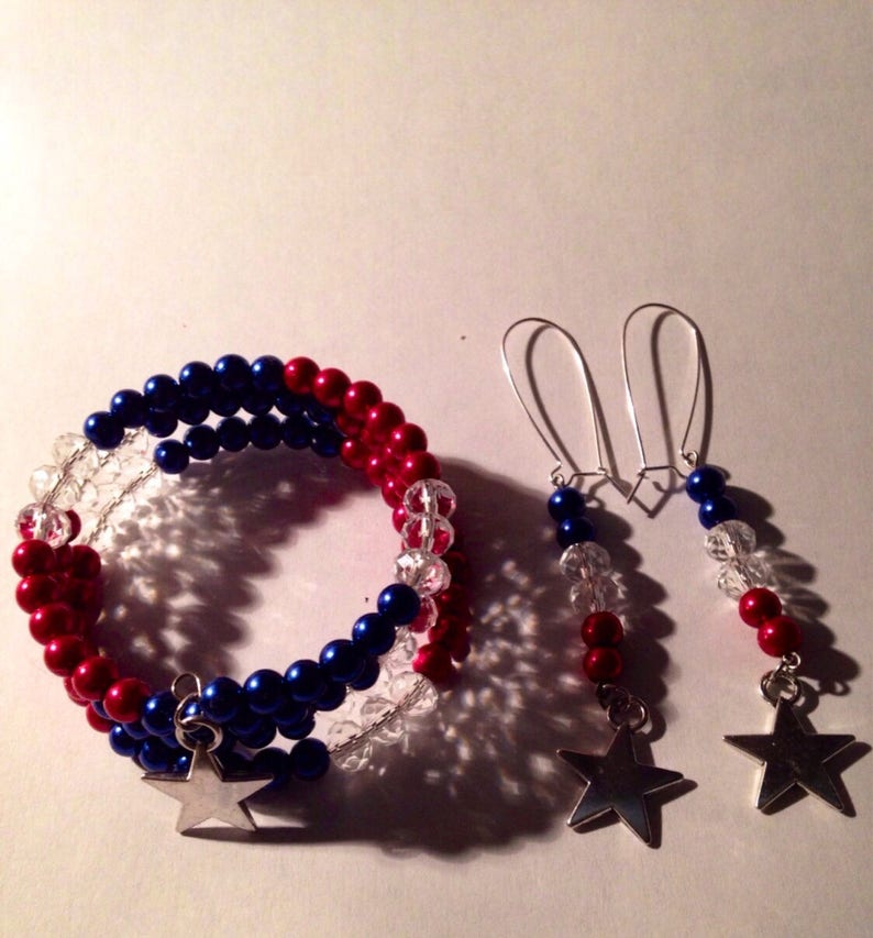 White Red Blue Beaded with Sterling Silver plated Star wmatching Earrings Memorial Day fourth of July  Bracelet