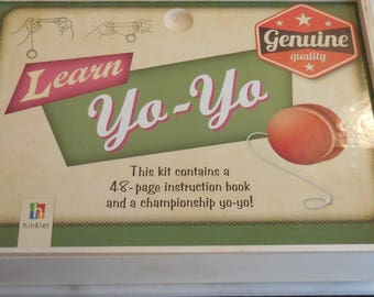 Vintage Yo Yo Learn Yo-Yo Genuine  Quality , Hinkler, w/ Yo- Yo Booklet and Box Vintage