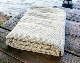 Waffle linen bath towel, sauna towel, softened linen waffel towel, organic rustic towel, waffle pattern towel, bath towel, vegan towel, flax