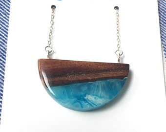 Koa Wood and Blue Resin Necklace
