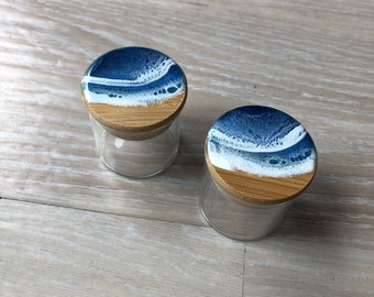 """2"""" Resin wave glass container"""