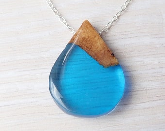 Wood and Resin Necklace, Blue Resin Pendant, Wood Necklace, Resin Jewelry, Wood Jewelry, Beach Jewelry, Aussie Burl Wood and Resin Necklace