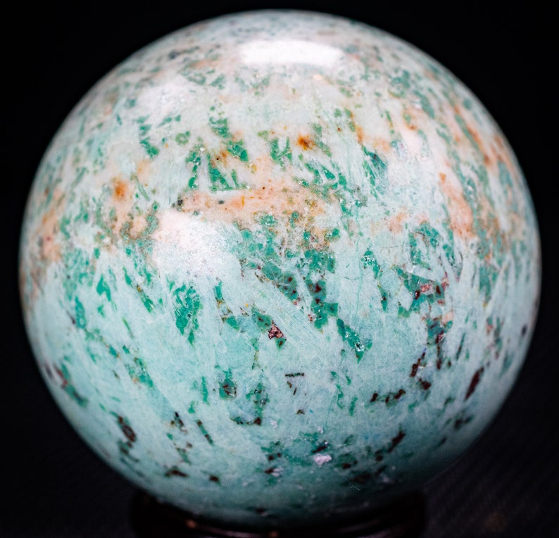 Turquoise Sphere 2.1 weighs 78 grams