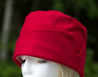 Red Wool Pillbox Cloche Hat | Lapel Accent | Lined Red Pillbox | Tomato Red | Tall Crown | Formal Event or Casual | 20s Gatsby Style | Small