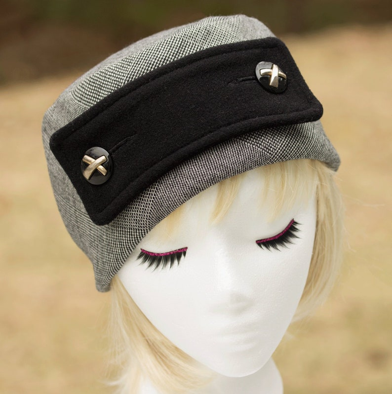 Black & White Pillbox Hat  Belt and Button Wool Hat Micro image 0