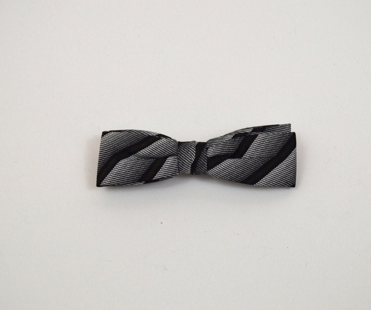 Vintage 1950s/1960s Charcoal and White Striped Clip on Bow Tie