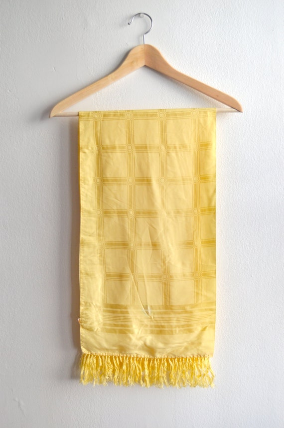 Vintage 40s/50s Yellow Rayon Scarf