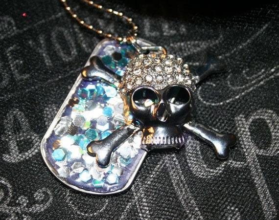 Silver Skull and Cross Bones Embellished Glitter Necklace