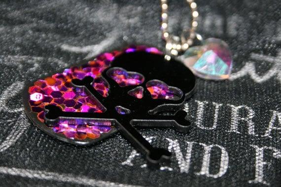 Princess Skull Embellished Glitter Necklace
