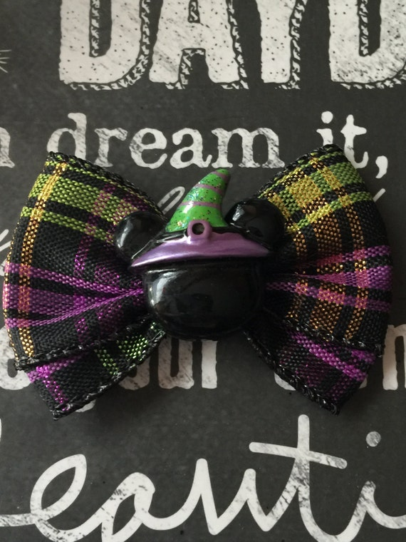 "2"" Halloween Mickey with Witch Hat Mini Bow"