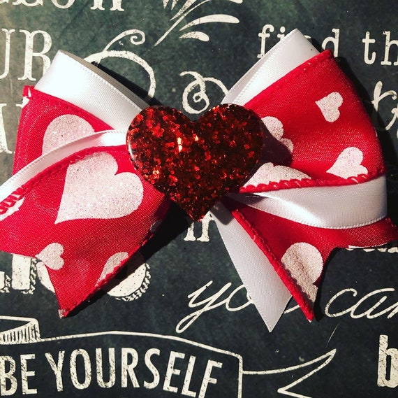 "4"" Valentine's Day Bow - Large Dog Bows - Bows for Girls - Heart Bows - Dog Bows - Red Bows"