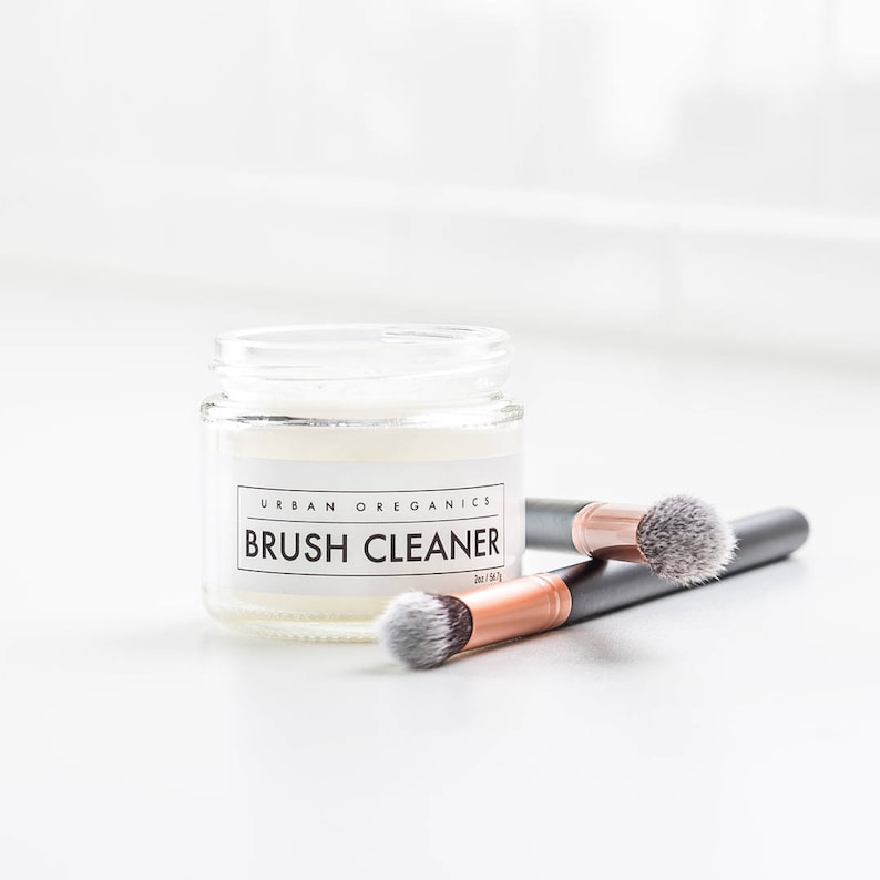 BRUSH CLEANER // Solid Cosmetic Brush Cleansing Balm     image 0