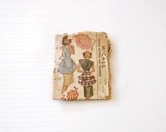 Vintage 40's Art Deco Ruffled Skirt Apron One Size