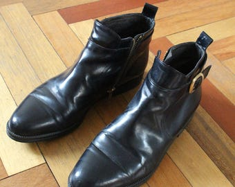Vintage Black Real Leather Chelsea / Ankle Boots. Size EU 39, US 8-8.5. Side Zip