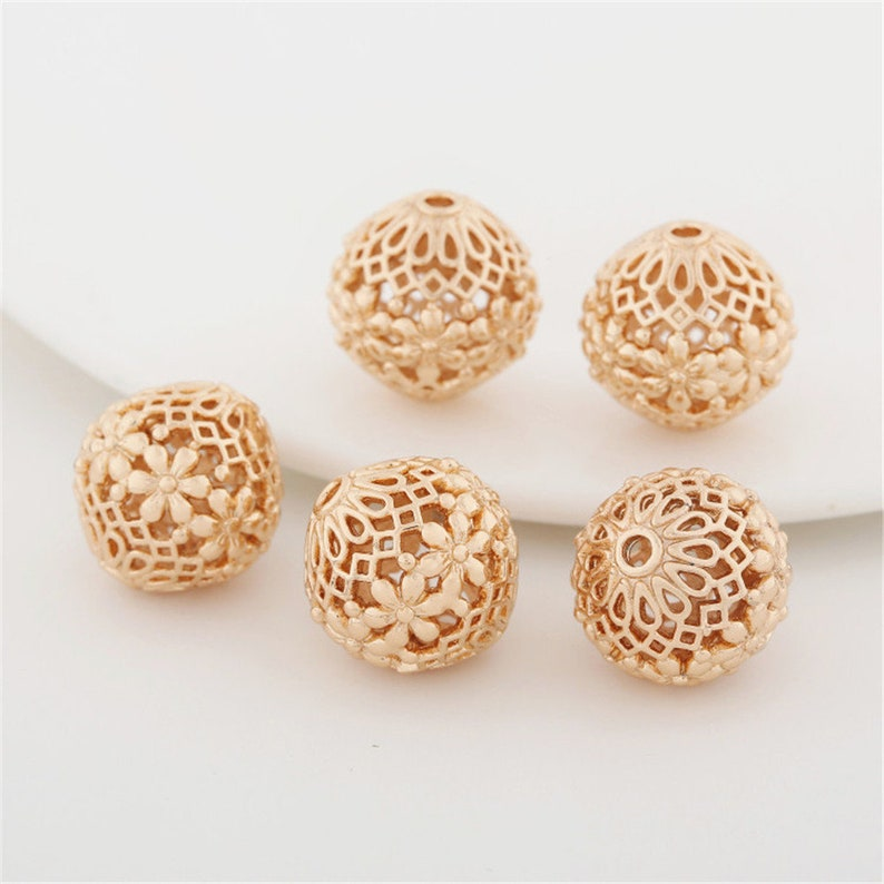 10 pcs Gold Plated Brass Beads Openwork Round Spacer Beads Carved Flower Beads 14mm BS020