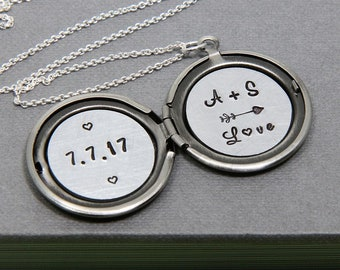 Wedding Gift, Locket Necklace, Initial Locket, Initial Necklace, Anniversary Necklace, Silver Locket, Personalized Necklace, Gift for Women